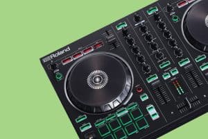 Roland DJ 202 Background
