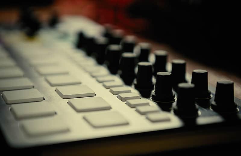 Close up photo of a MIDI drum machine.