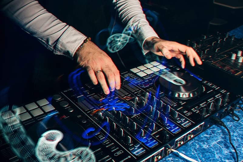 DJ mixing on a 4 channel DJ controller